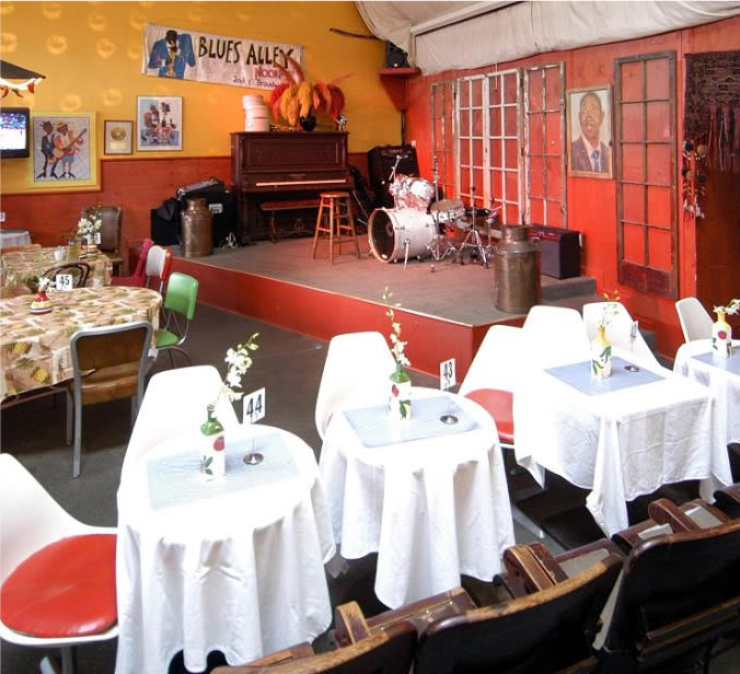 Dotha's Juke Joint with stage for banquet
